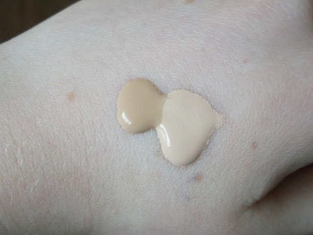 danielletc / Rimmel London: Lasting Finish vs. Match Perfection