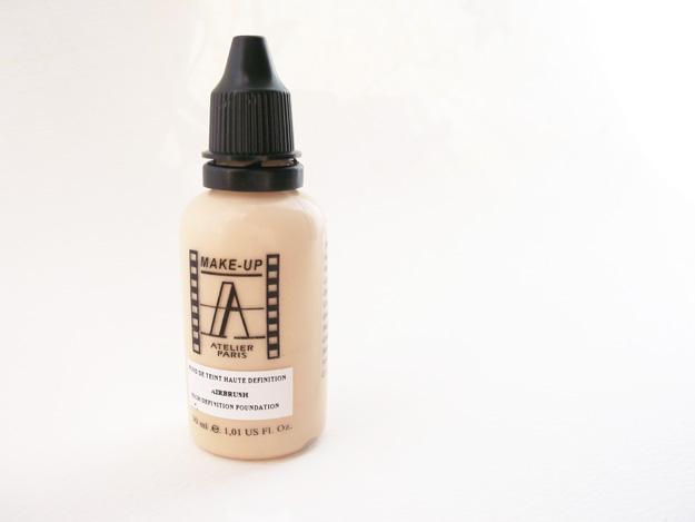 make-up-atelier-paris-hd-foundation-review-4-danielletc.jpg