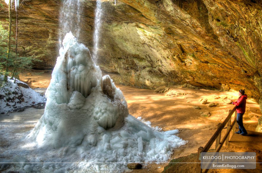 Ash Cave waterfall frozen
