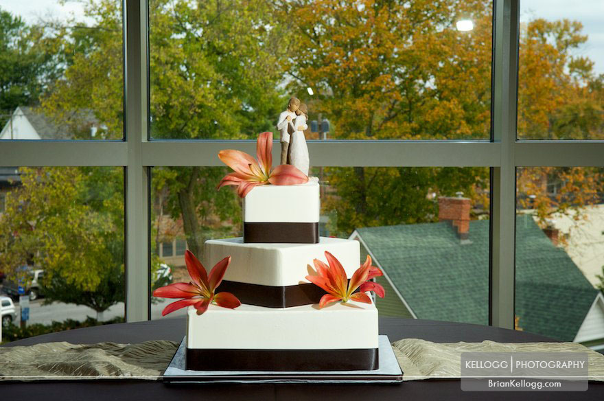 Wedding Cake at Creekside Gahanna, Ohio