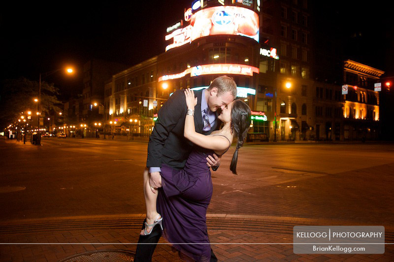 Downtown Columbus Engagement Session