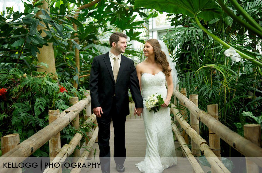 Franklin-Park-Conservatory-Wedding10.jpg