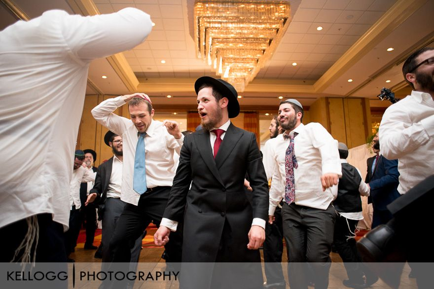 Orthodox-Jewish-Wedding-17.jpg