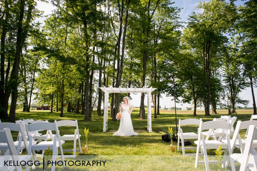 Country-Gatherings-Ohio-Wedding-04.JPG