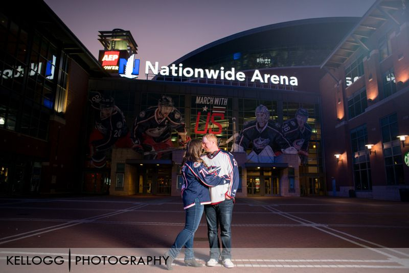Nationwide-Arena-engagement-photo-02.jpg