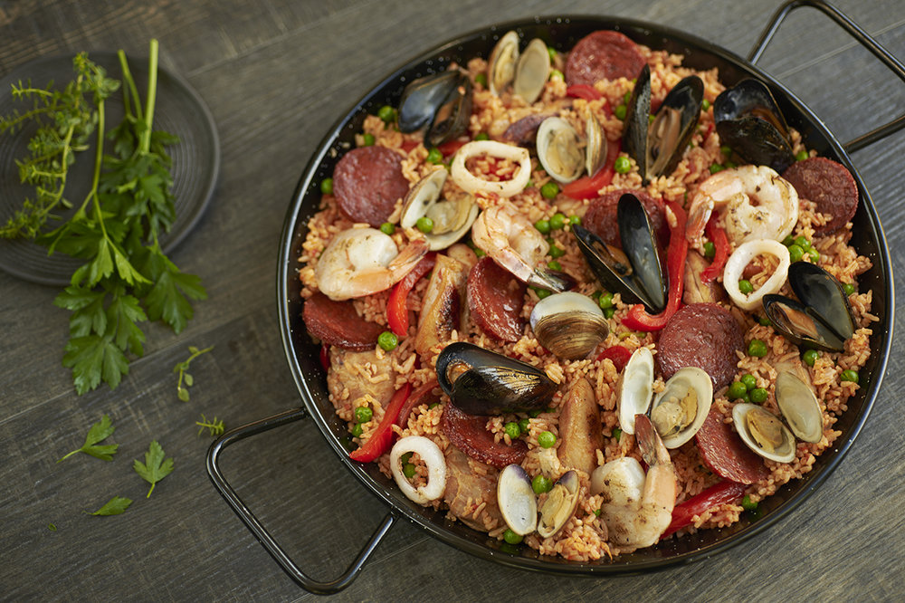 jll-photographies-Julie-Langenegger-Lachance-food-viau-fantino-mondello-recipes-recipes-inspiration-4-paella.jpg