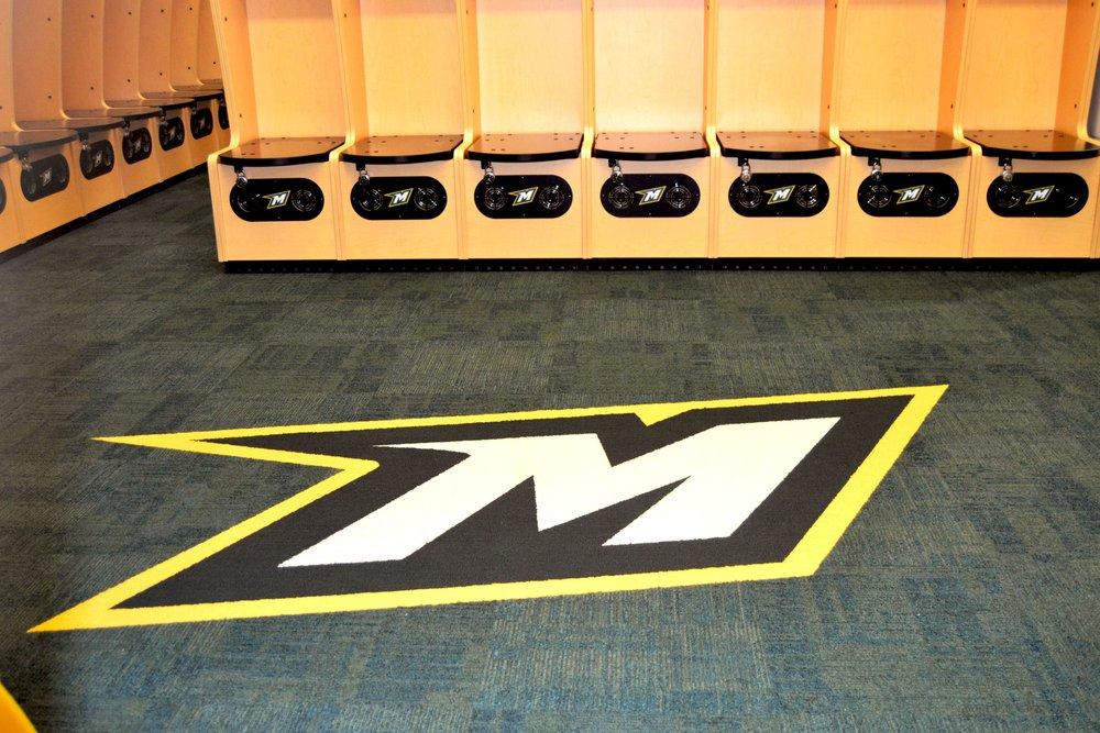locker1.jpg