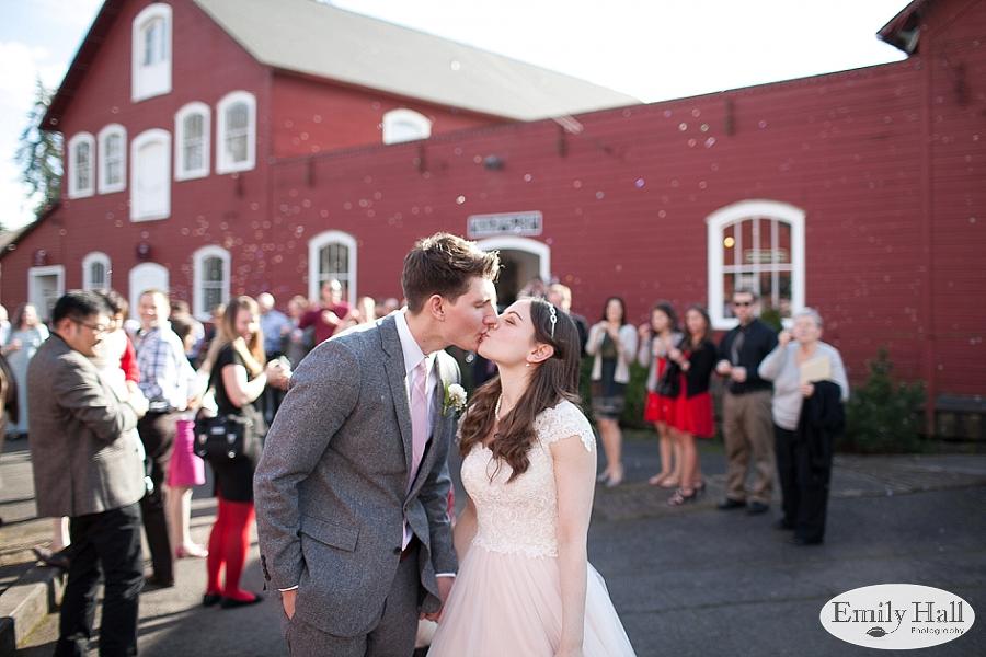 Salem Mission Mill Museum Wedding Photographer-604.jpg