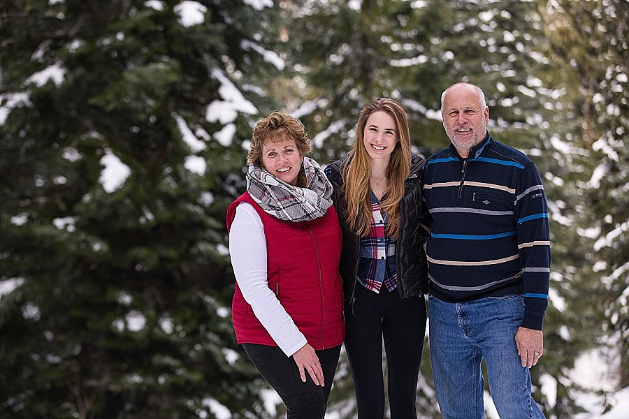 Corvallis Senior Portraits in the Snow-9766.jpg