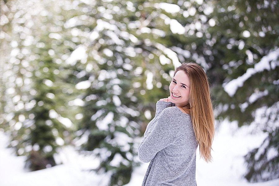 Corvallis Senior Portraits in the Snow-9878.jpg