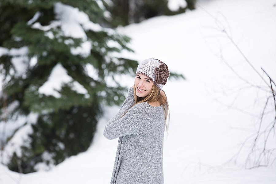 Corvallis Senior Portraits in the Snow-9949.jpg