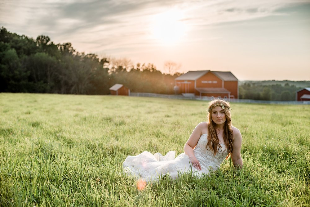 Salem-Barn-and-Gazebo-Boho-Wedding-Captured-By-Kelly-Photography_0050.jpg