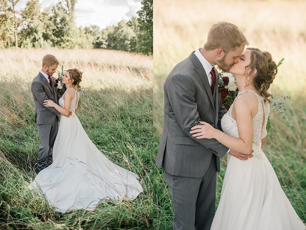 the-barn-on-enchanted-acres-Wedding-Captured-by-Kelly_0172.jpg