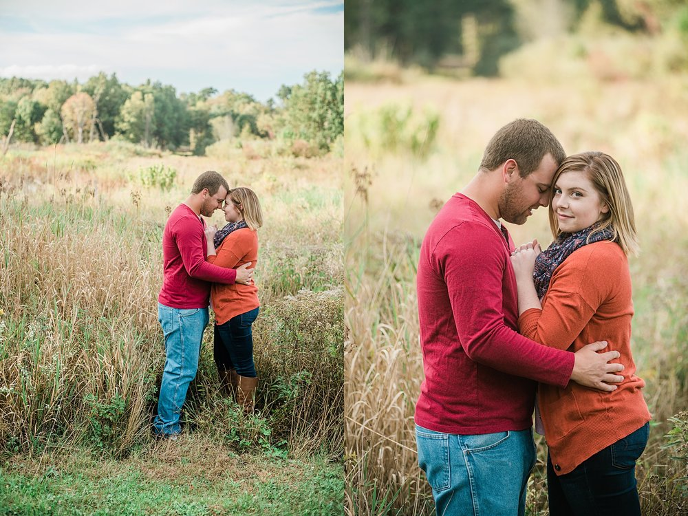 Captured-by-Kelly-Photographer-Akron-Engagement-Photographer-Sunset-Engagement_0409.jpg