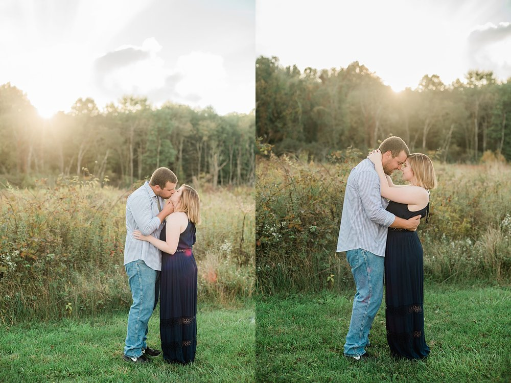 Captured-by-Kelly-Photographer-Akron-Engagement-Photographer-Sunset-Engagement_0417.jpg