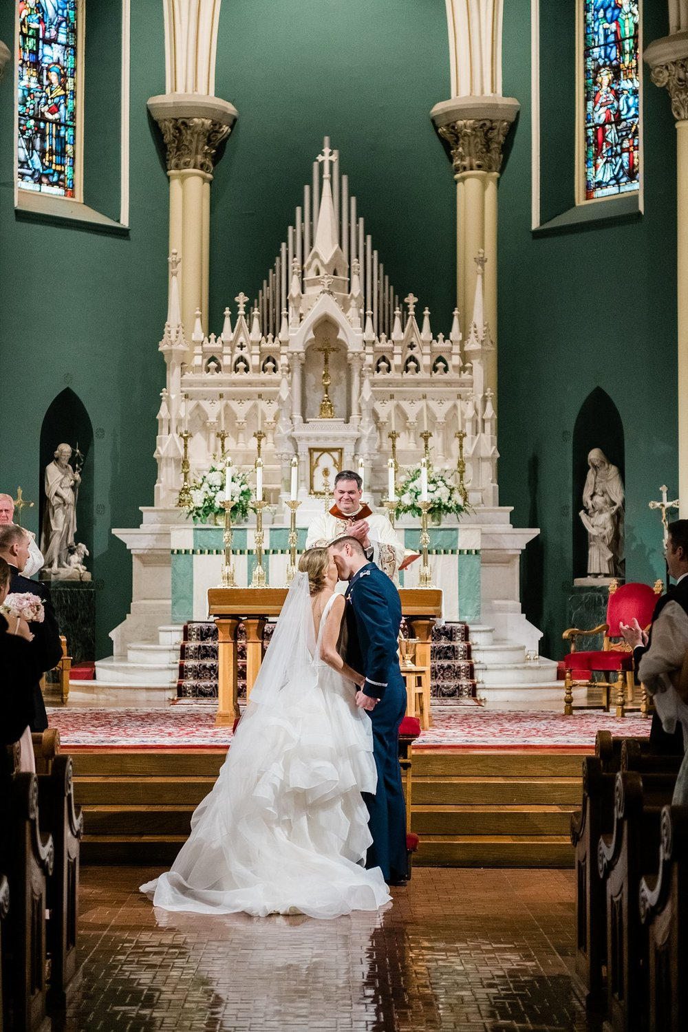 BASILICA-OF-ST-JOHN-THE-BAPTIST-CANTON-WEDDING-PHOTOGRAPHER_0039.jpg