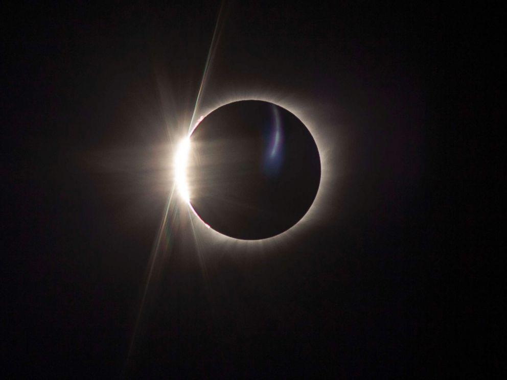 abc-solar-eclipse-dasilva-09-abc-jc-170821_1_4x3_992.jpg