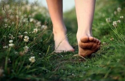 feetearth.jpg