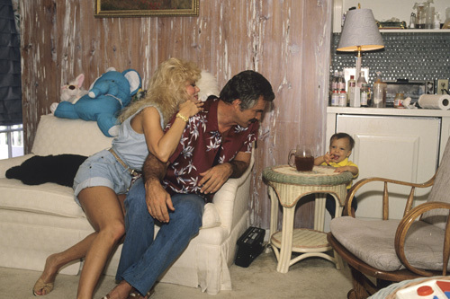 Loni Anderson, Burt Reynolds and son, Quinton1988� 1988 Mario Casilli