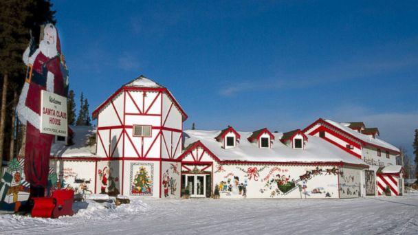 HT_Santa_Claus_House_EM_16x9_608.jpg