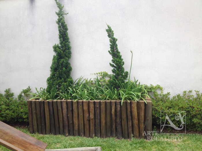 Floreira em troncos de Eucalipto Autoclavado Condomínio Jardim Social , Curitiba - Pr
