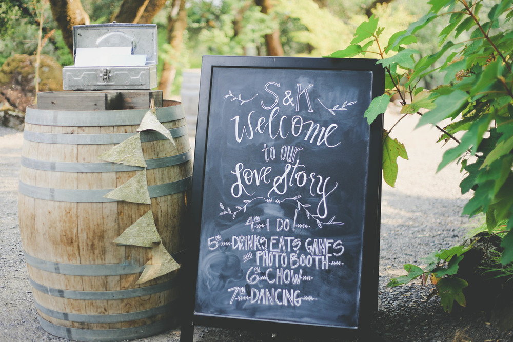 sonoma-county-arista-winery-sign-wedding
