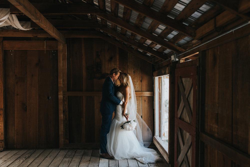 alicia + kalen - sonoma county backyard wedding