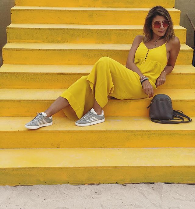 Sunny side up 🍳  #hello #yellow  #sunshine #positivevibes #mydubai #ootd #bashparis #bashmuse