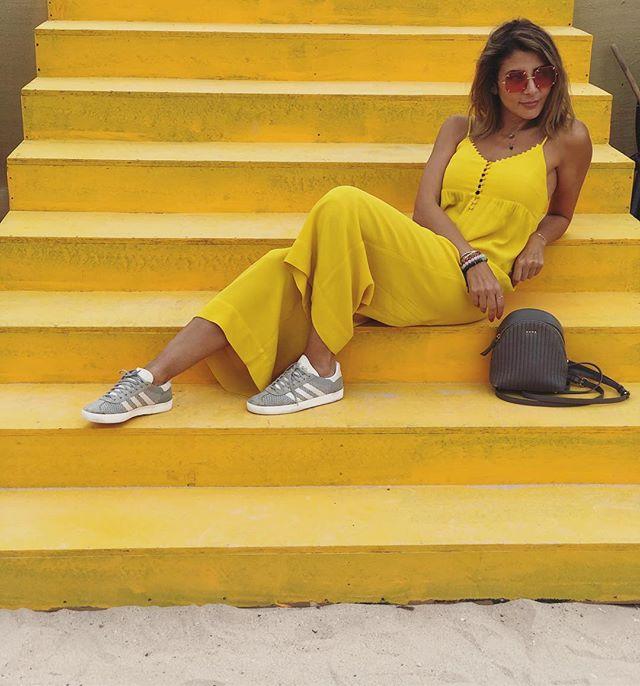 Sunny side up 🍳  #hello #yellow  #sunshine #positivevibes #mydubai #ootd #bashparis #bashmuse