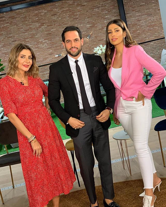 Ready for new styling challenges? 🎬 tune in tonight at 9pm @dubaitv  to catch episode 3 of #styleme season 4 shot on location @lebhvmaraisdxb #fashion #style #tv #show