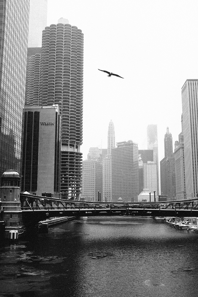 FUJI_X100s_50_chicago_river_neopan1600-1002163.jpg