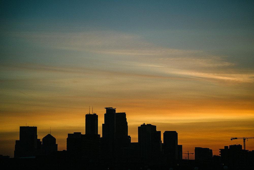 FUJI_XPro1b_60_minneapolis-sunset-7325_1800.jpg