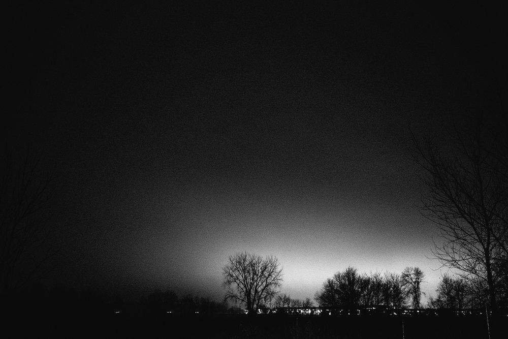 OLYMPUS_EM5II-17_night-tree_neopan1600-511215_1800.jpg