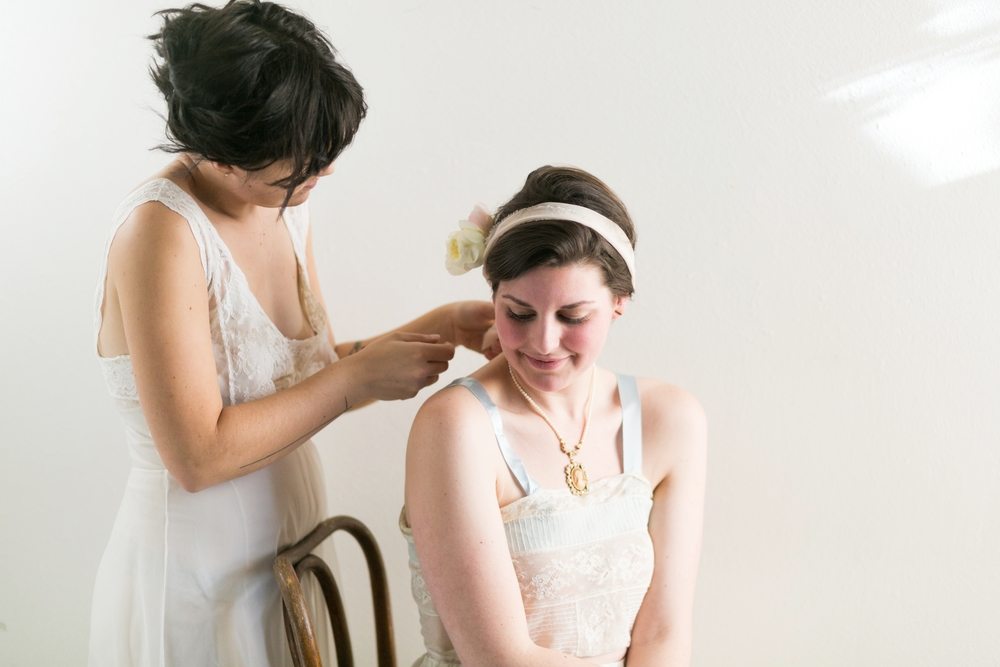 Valentines Bride and Her Bridesmaids  Styled Session  Hurtienne Photography  Portland Oregon Wedding Photographers (14)