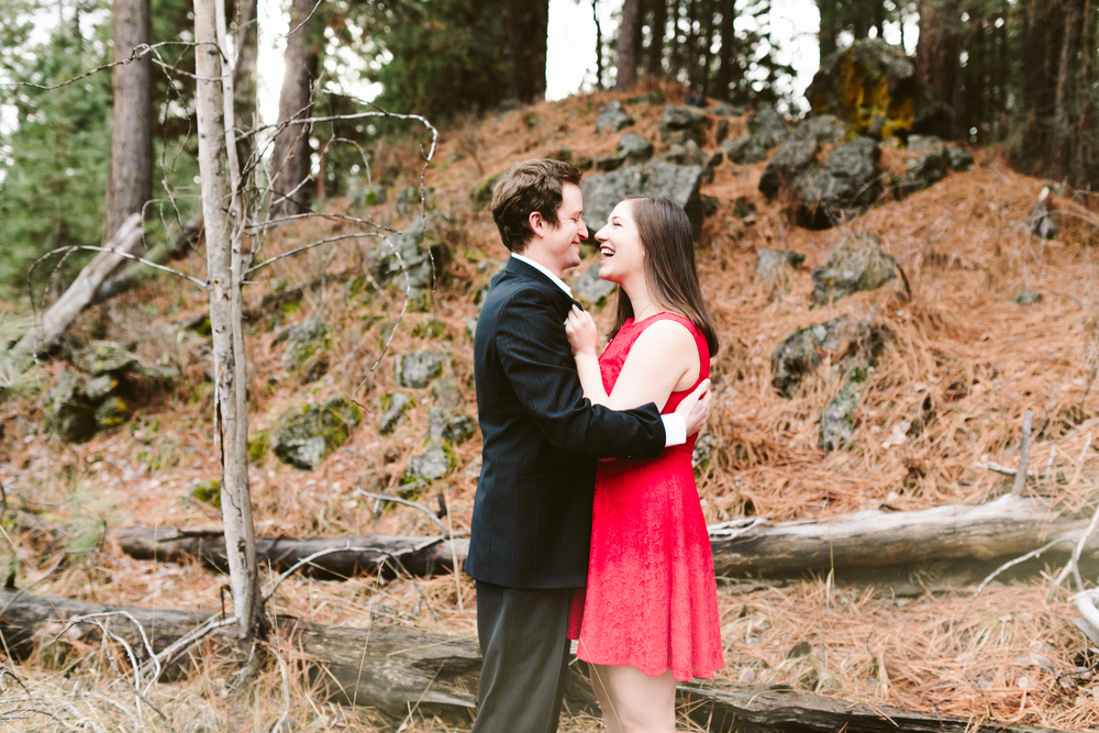 Dean and Carrie- Bend, Oregon Engagement- Hurtienne Photography (12)