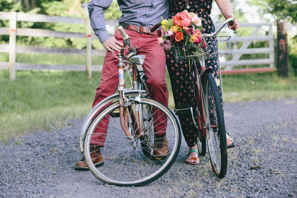 Mark and Melinda- Hurtienne Photography Portland Oregon Wedding Photographers- champoeg farm Oregon floral stylist (2)