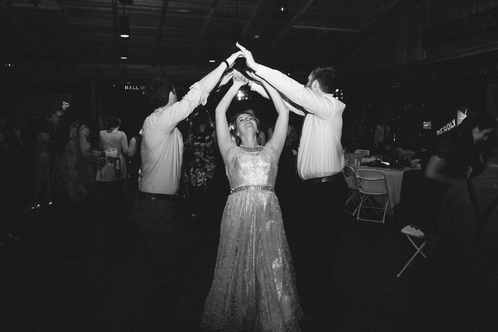 Sam and Cody- Bend Oregon Wedding- High Desert Museum (28)