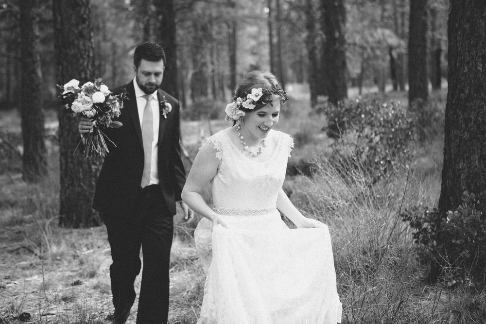 Sam and Cody- Bend Oregon Wedding- High Desert Museum (7)