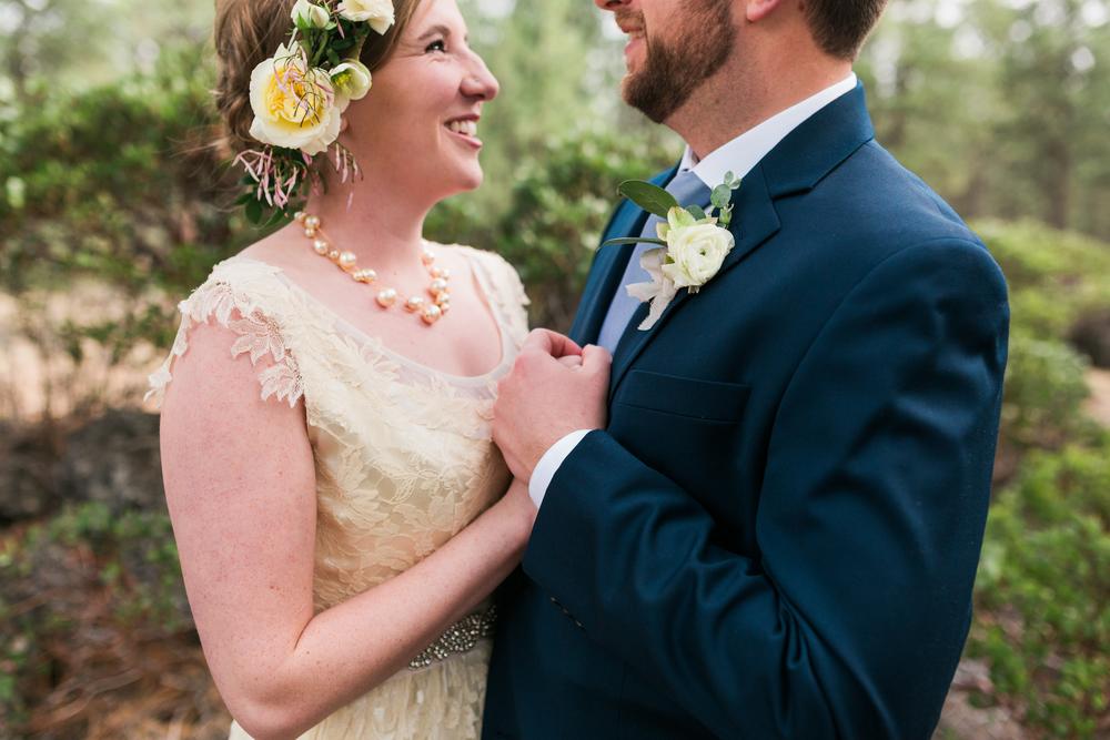 Sam and Cody- Bend Oregon Wedding- High Desert Museum (9)