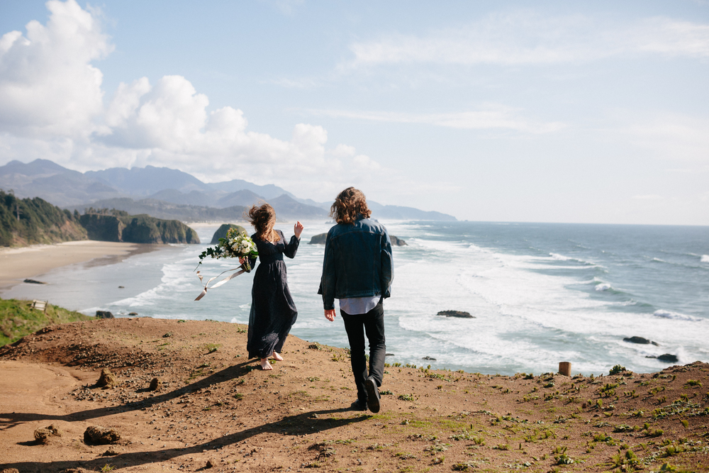 Lauren and Patrick, Oregon Coast Cannon Beach, Oregon Engagement Session, Grace and Jaden Hurtienne Photography (1)