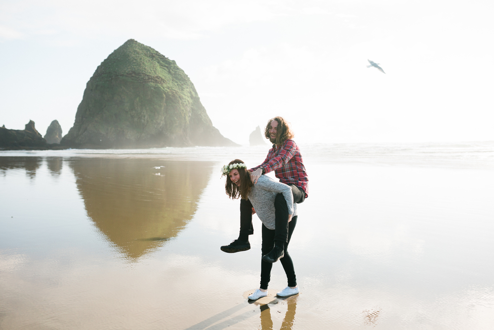 Lauren and Patrick, Oregon Coast Cannon Beach, Oregon Engagement Session, Grace and Jaden Hurtienne Photography (17)