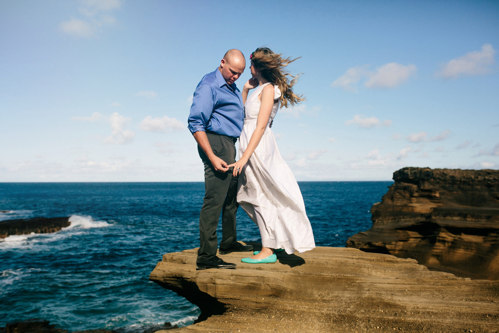 Oahu Wedding Photographer- Hawaii Destination Wedding- kahauloa cove- Grace and Jaden Hurtienne Photography (6).jpg