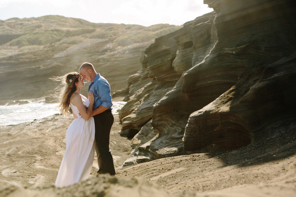 Oahu Wedding Photographer- Hawaii Destination Wedding- kahauloa cove- Grace and Jaden Hurtienne Photography (9).jpg