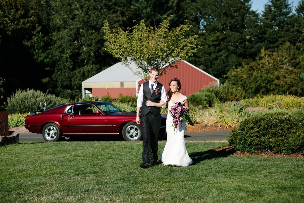 youngberg hill winery, portland Oregon Wedding (43).jpg