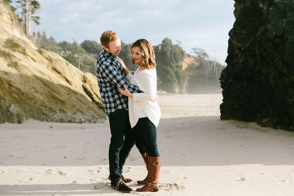 Cannon Beach Portland Oregon, Anniversary, Zach and Hailey (20).jpg