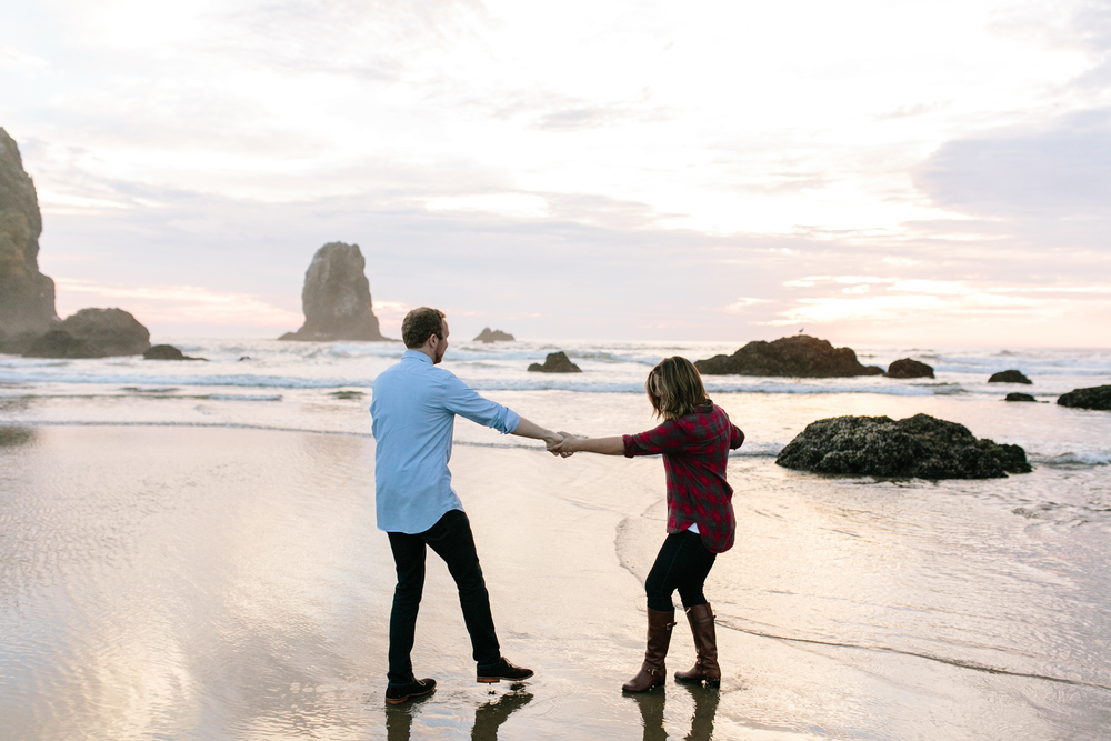 Cannon Beach Portland Oregon, Anniversary, Zach and Hailey (3).jpg