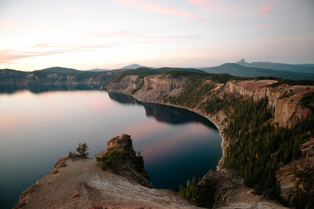 Crater Lake, and Detroit Lake Oregon Anniversary Photography, Grace and Jaden Photography (42).jpg