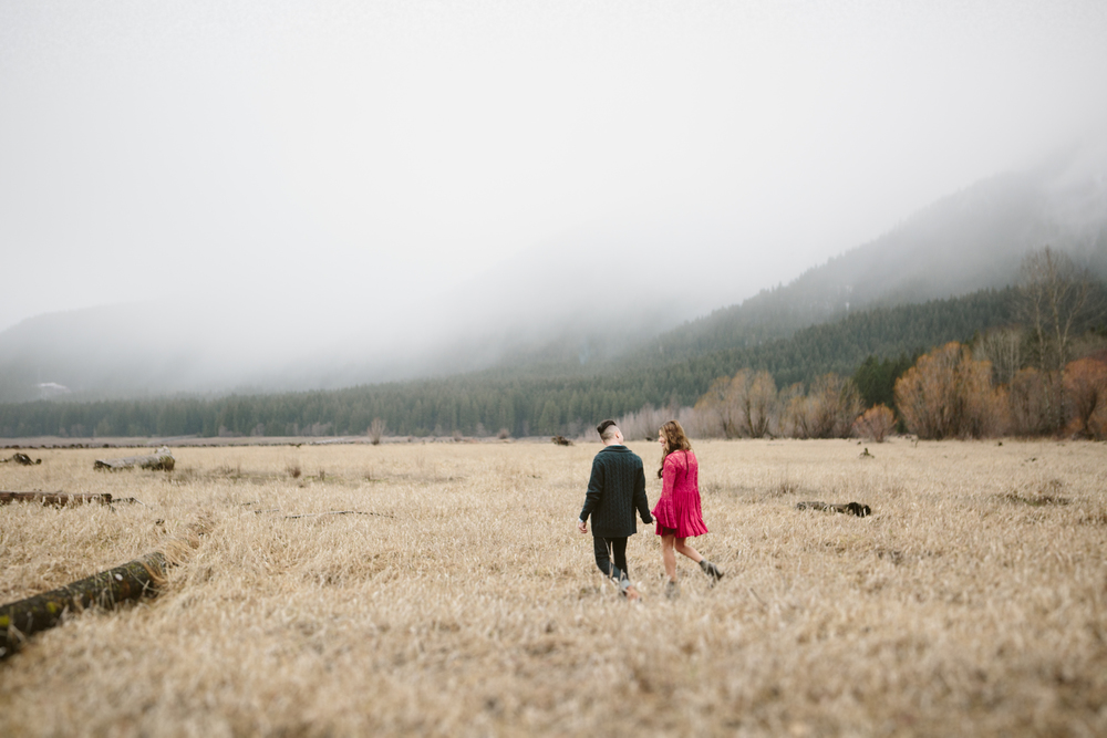 Portland Oregon Engagement Photgraphy- Detroit Lake (1).jpg