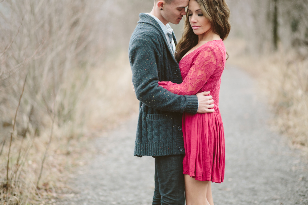 Portland Oregon Engagement Photgraphy- Detroit Lake (6).jpg