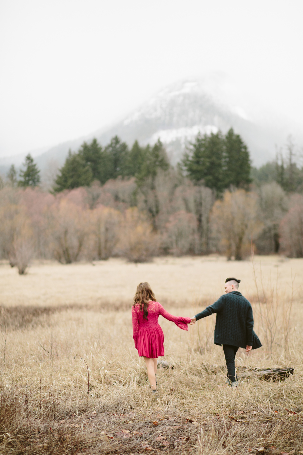 Portland Oregon Engagement Photgraphy- Detroit Lake (8).jpg